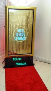 Magic Mirror Booth